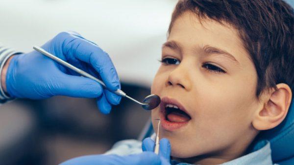 ازالة جير الاسنان بالملح و بالخل