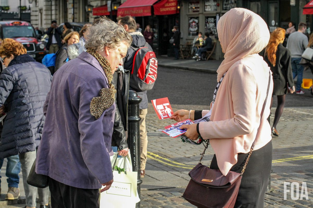 FOA Volunteer hands out leaflets for #NotInMyFridge campaign
