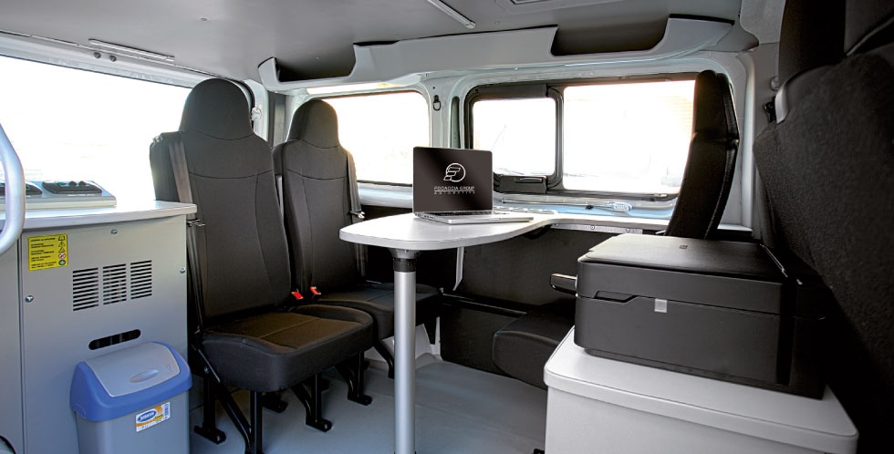 Mobile Stations for Police Van and MPV  Focaccia Group