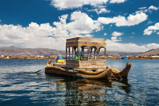 lago-titicaca-barca