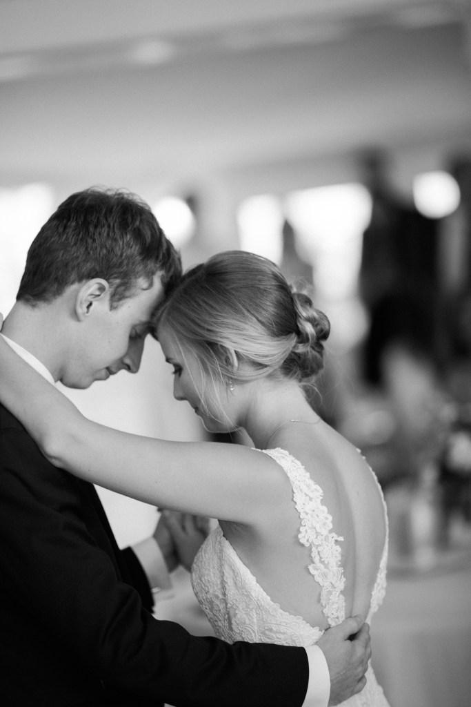 Kurtz's Beach Wedding - Melissa & Jimmy 13