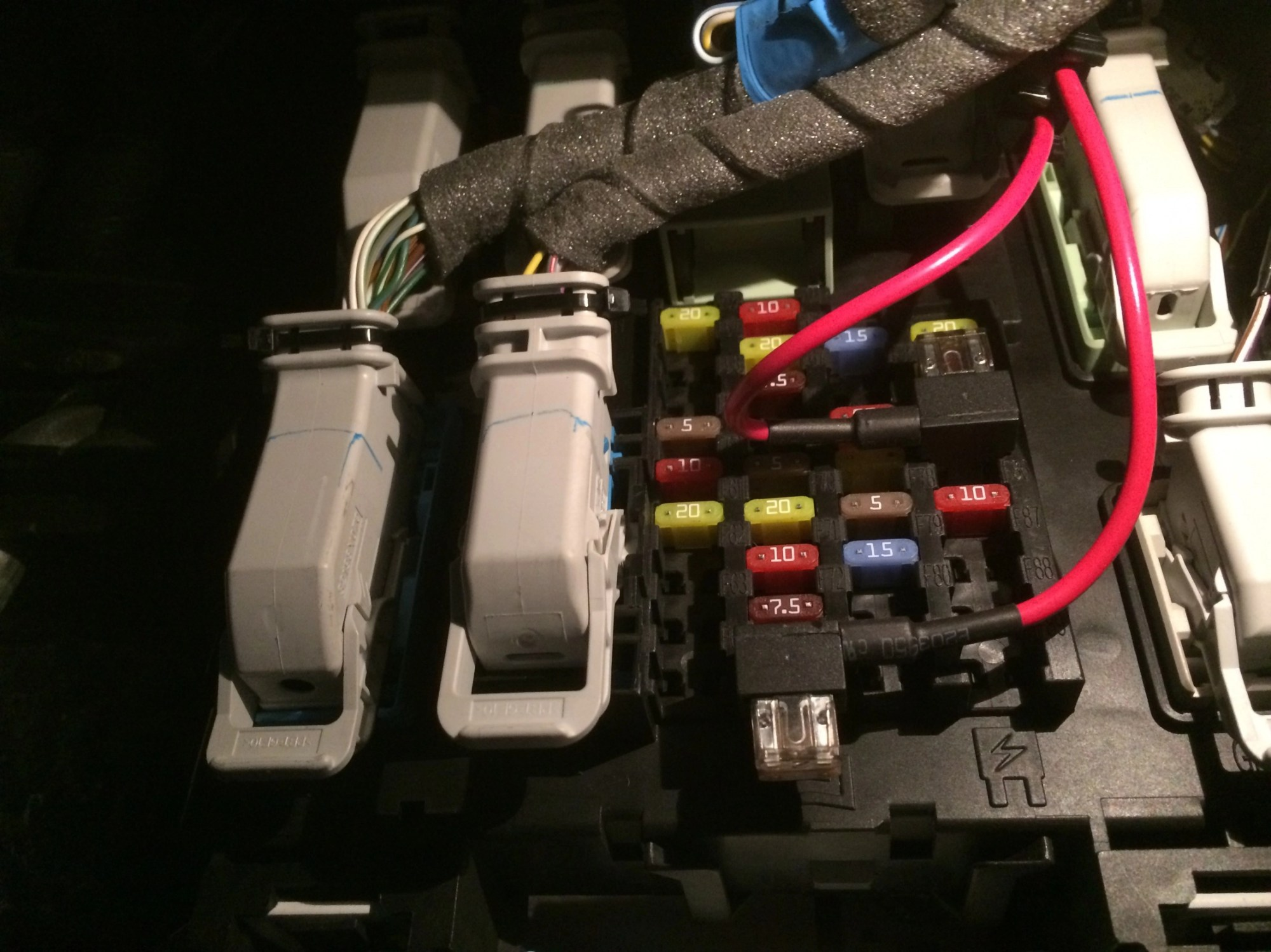 hight resolution of switched and constant power fuses fuse panel jpg