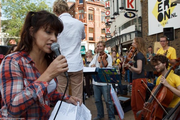 Ellen ten Damme  met Ricciotti Ensemble in centrum Groningen-9