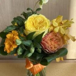 ビタミンカラーの花束