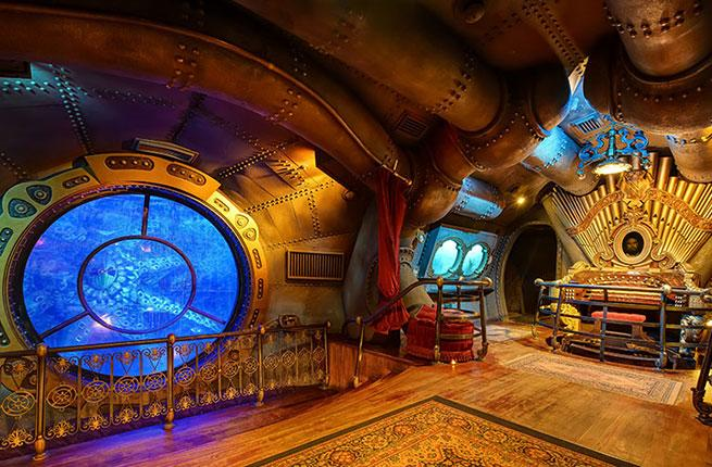 Image result for les mysteres du nautilus disneyland