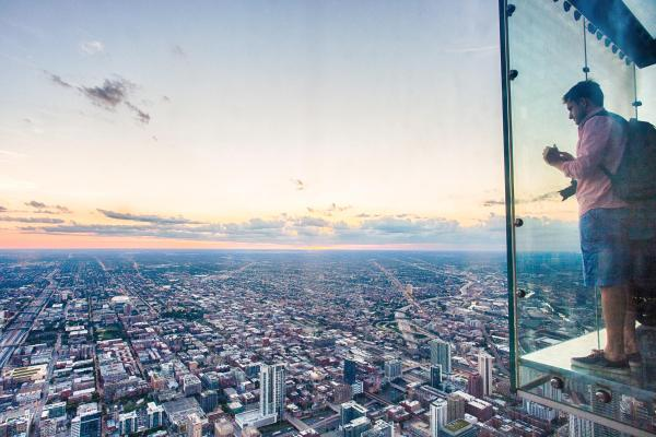 Chicago Willis Tower Skydeck Glass Breaks