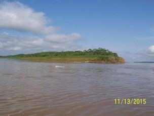 """""""Entstehung"""" des Amazonas, links Rio Ucayali, rechts Marañon von hier aus sind es ca. 3800 km bis zur Mündung, das Gefälle beträgt ca. 125 m"""