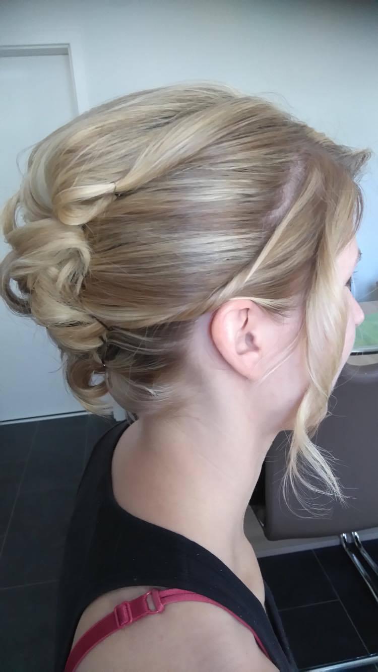 Foehnalarm Carina Igel  Hair Salon Bad Erlach Friseur  Frisur Friseur Coiffeur