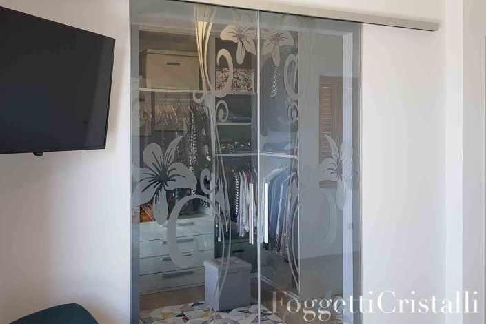 armadio cabina interno, su misura con vetro riflettente e ...