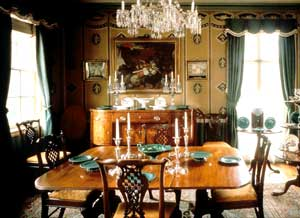 Fred-Johnston-House-dining-