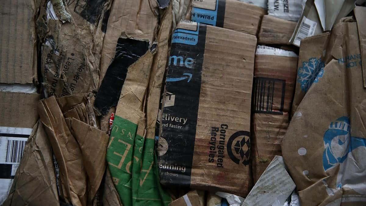 Amazon'un plastik ambalaj atıkları