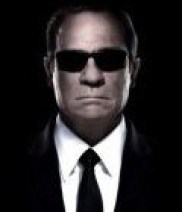 Tommy Lee Jones as M.I.B.
