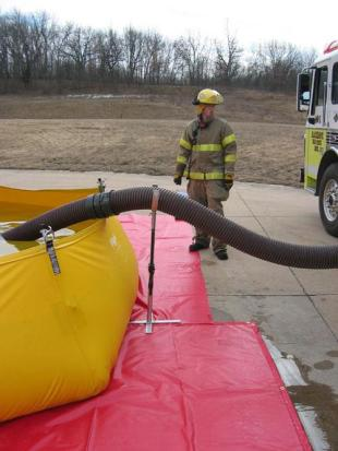 ROL-LA-TANK With Hose Stand