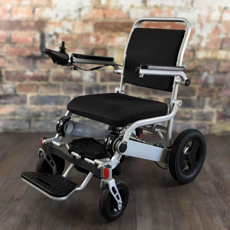 FOLD & GO MagSHOCK™ Wheelchair® (Silver)