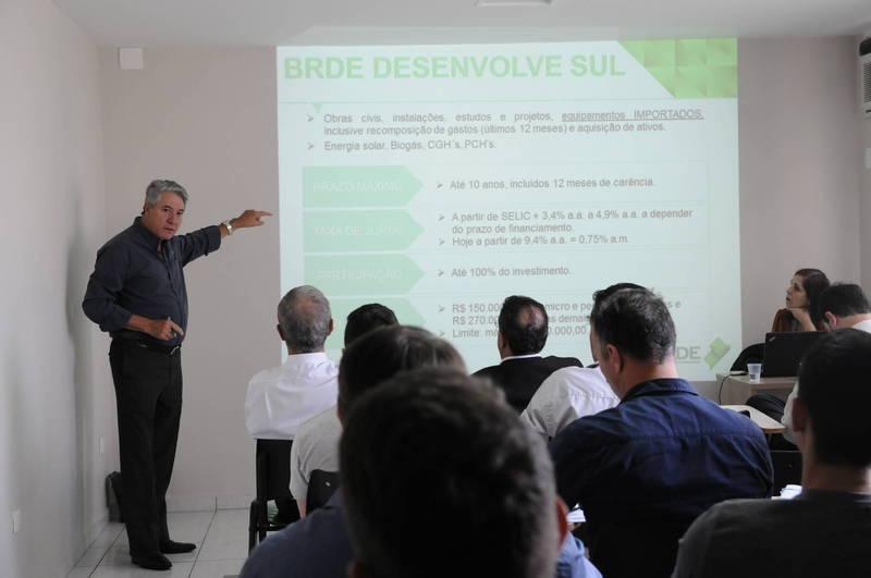 Workshops na região contaram com agentes financeiros do BRDE e da Fomento Paraná
