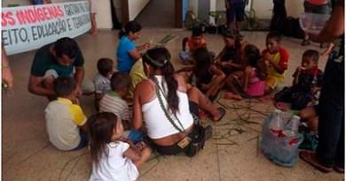 Crianças-estudando-na-Prefeitura