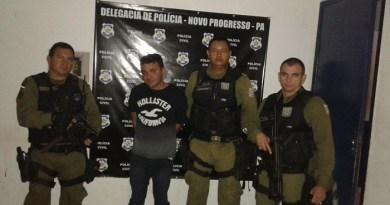 Um foragido da Justiça foi preso por porte ilegal de arma na madrugada de domingo  (21), pela guarnição do Cabo Maduro em Novo Progresso .