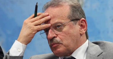 O ministro ex-presidente do PT, Tarso Genro - Ailton de Freitas / Agência O Globo