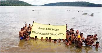 Indígenas-protestaram-contra-hidrelétrica