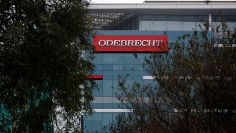 Prédio com escritório da Odebrecht em Lima, Peru Image copyright Reuters Image caption Presidente da ONG, citou Odebrecht como exemplo negativo Critérios