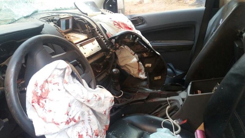 Os dois Airbag acionaram com com a batida