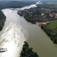 Desenvolvimento - Obra de ponte de acesso na trans garimpeira pelo rio Jamanxim esta sendo construída na  comunidade de Jardim do ouro no município de Itaituba
