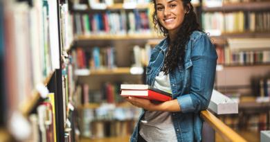 Estão abertas as inscrições para alunos de baixa renda participarem de programa de estudos nos EUA