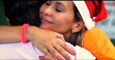 Campanha Natal - Crédito Educa Mais Brasil (Abraço)
