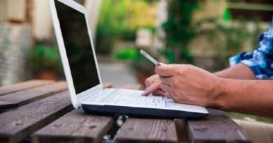 Web pode auxiliar consumidores a contratarem o melhor plano de internet, televisão ou telefone