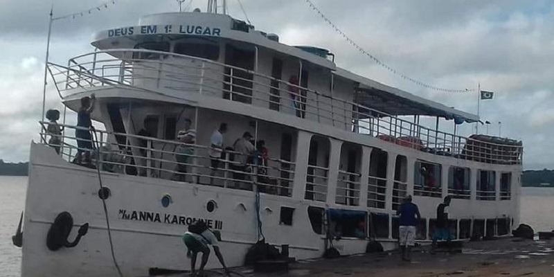 navio naufago