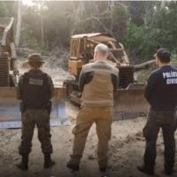 Operação 'Amazônia Viva' apreende tratores, armas e motosserras