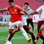Fluminense vira sobre o Internacional e entra no G6 do Campeonato Brasileiro