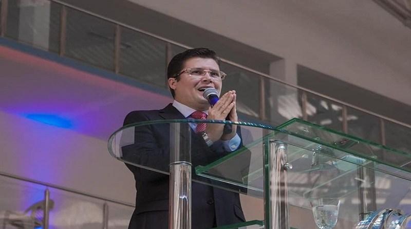 Pastor diz que CoronaVac causa câncer e possui HIV Foto: Reprodução
