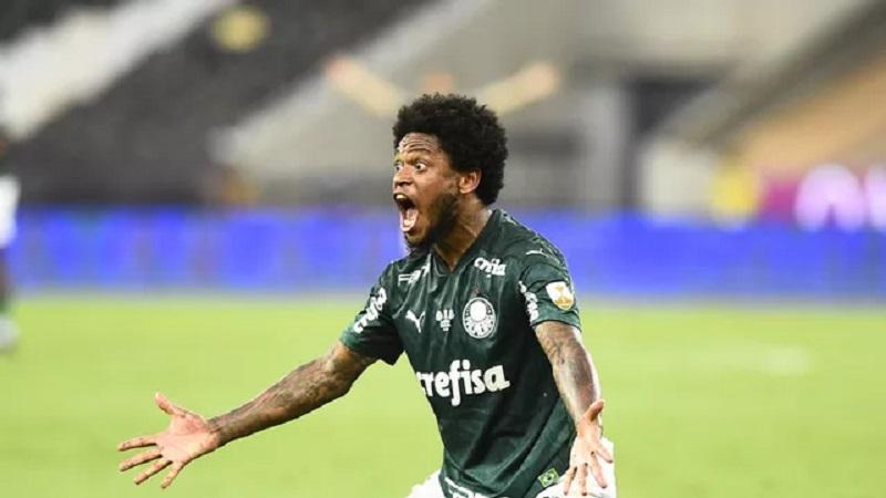 Luiz Adriano em Palmeiras x Santos (Foto: André Durão)
