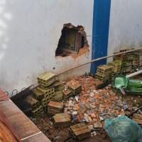 Bandidos fazem buraco na parede de loja para roubar armas e munição