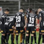 Corinthians acerta empréstimo de zagueiro para o Internacional