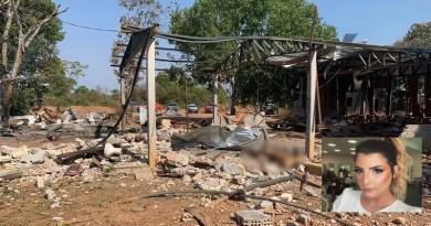 Bombeiros encontraram duas pessoas mortas após explosão de garimpo — Foto: Corpo de Bombeiros