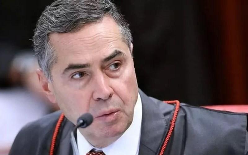 Com apoio de todos os ministros do TSE, Barroso pediu investigação contra Bolsonaro no Supremo Foto: TSE / BBC News Brasil