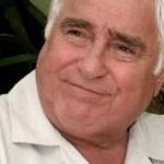O Brasil lamenta a morte do ator Luis Gustavo