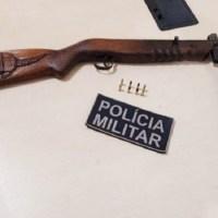 Homem é preso ao ser flagrado com espingarda e munições na BR 163 em Cachoeira da Serra
