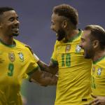 Brasil vence o Uruguai, dá show no reencontro com o torcedor e encaminha classificação
