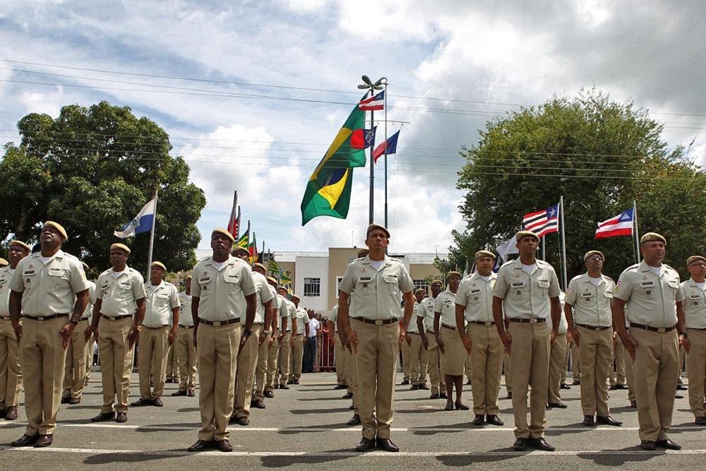 Governo da Bahia paga R$ 36 mi em prêmios para policiais por redução de crimes no Estado