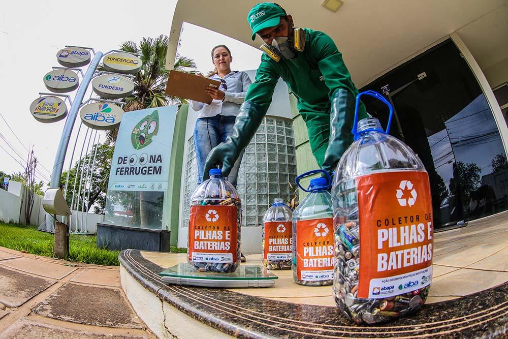 Campanha de descarte de resíduos perigosos amplia postos de coletas de pilhas e baterias no Oeste da Bahia