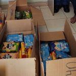 A entrega foi feita por três voluntários, que representaram todo o corpo voluntariado do programa Comunidade Educativa no município (Foto: Divulgação)
