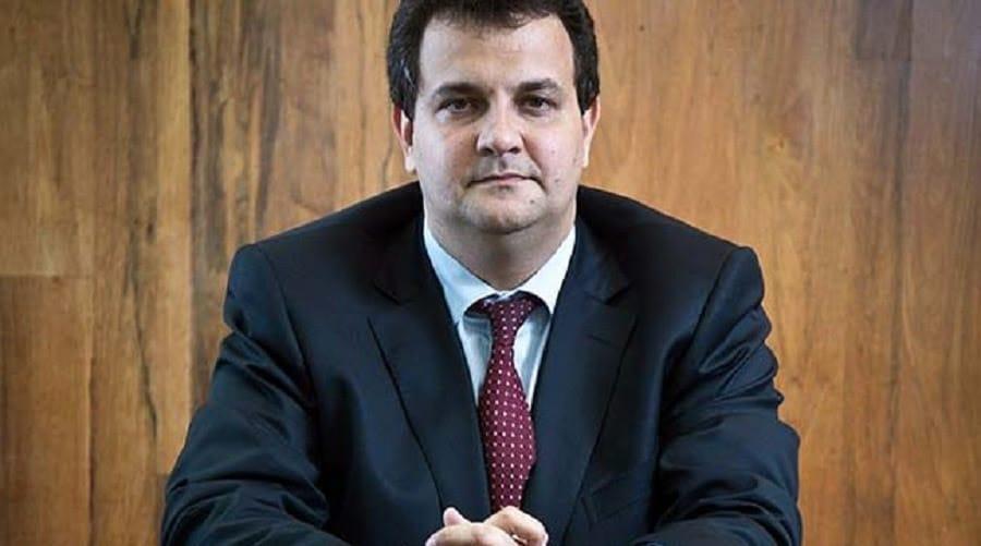 Novo advogado de Flávio Bolsonaro já defendeu o miliciano Orlando Curicica