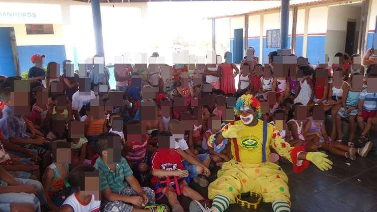 Dinamá diz ter trabalhado com mais de 5 mil crianças (Foto: Reprodução/Facebook)