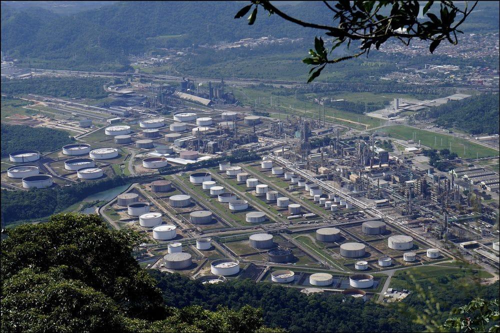 Petrobras manda funcionários de volta ao trabalho após teste positivo para coronavírus