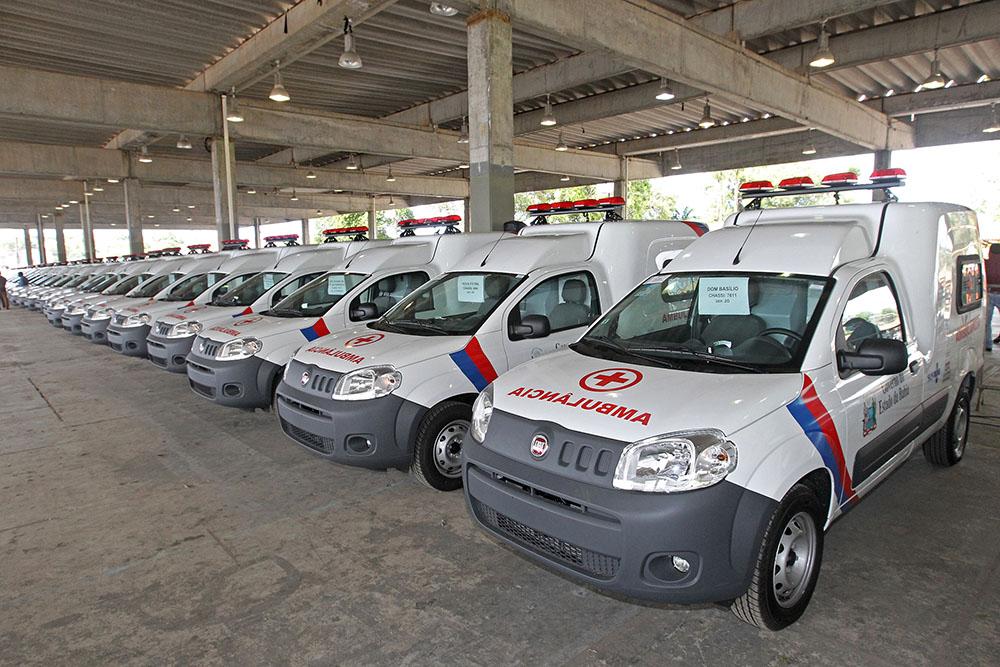 Governo da Bahia investe R$ 5 milhões para entrega de 74 ambulâncias a municípios baianos