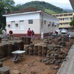 Iniciada obra para revitalização da praça da prefeitura