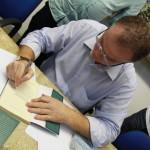 Renato Casagrande lança livro em Guarapari